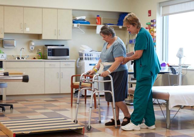 کار درمانی چه کمکی به درمان بیماران می کند ؟